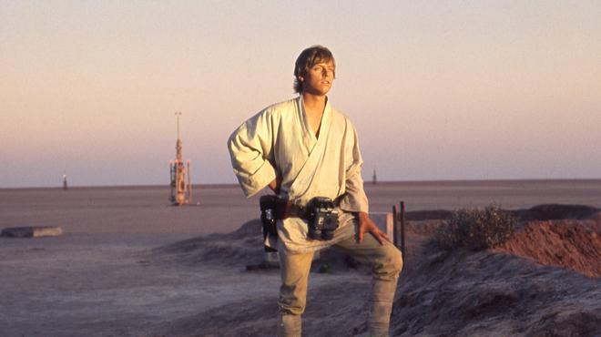 Star Wars : Mark Hamill commente la toute première scène coupée de Luke Skywalker