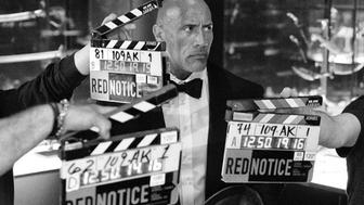 Red Notice : Dwayne Johnson partage une nouvelle image du film Netflix