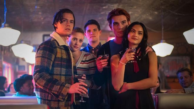 Riverdale saison 5 : Archie déjà dévêtu sur une image de tournage