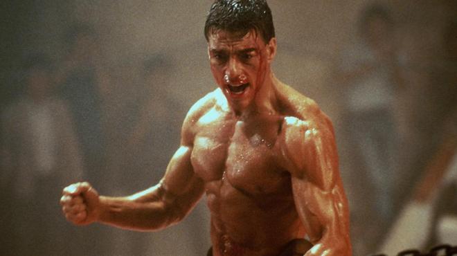 """Kickboxer, sur Netflix : saviez-vous que Van Damme est à l'origine de la danse du """"cul dur"""" ?"""