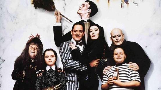 La Famille Addams : Tim Burton prépare une série en live action !
