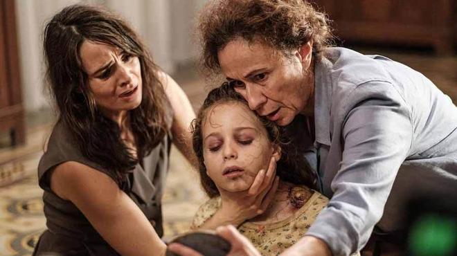 Les Liens maudits : c'est quoi ce thriller horrifique qui cartonne sur Netflix ?
