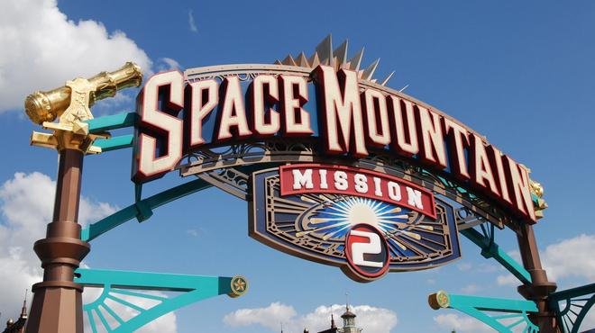 Space Mountain : Disney va adapter son attraction en film
