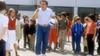 Le Maître d'école sur TMC : un Coluche totalement déprimé sur le tournage de la comédie