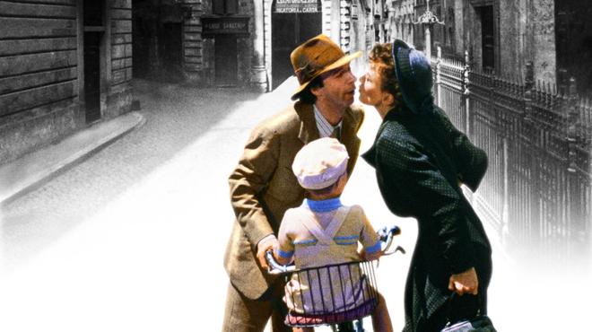 La Vie est belle : l'étonnante origine du titre du film de Roberto Benigni