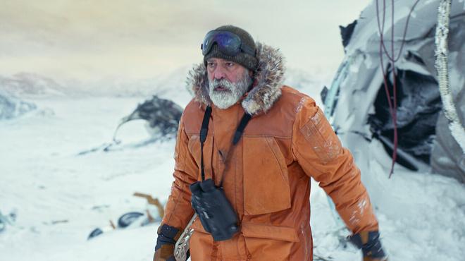Minuit dans l'univers sur Netflix : c'est quoi ce film réalisé et interprété par George Clooney ?