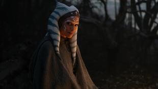 The Mandalorian : Rosario Dawson  se confie sur l'incroyable histoire de son casting en Ahsoka Tano