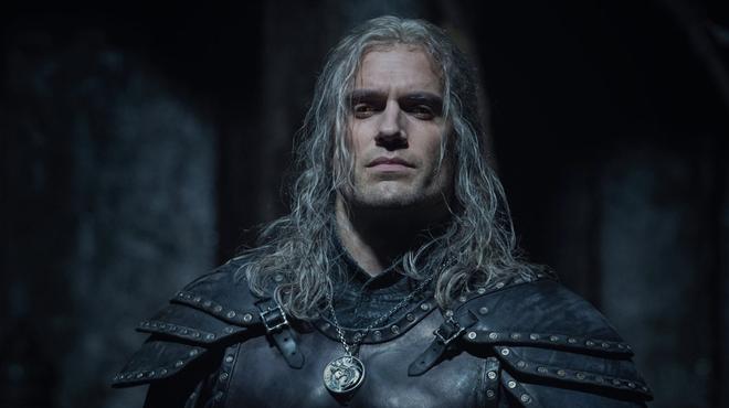 The Witcher saison 2 : Henry Cavill s'est blessé sur le tournage