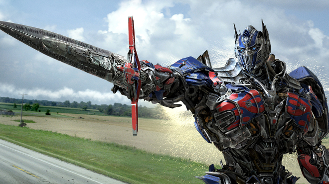 Transformers 4 : Michael Bay a été agressé sur le tournage