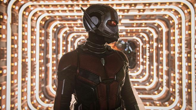 Ant-Man et la Guêpe : l'antagoniste le Fantôme est différent dans les comics