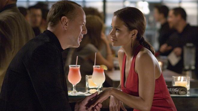 Dangereuse séduction sur Netflix : Bruce Willis a rencontré sa future femme sur le tournage