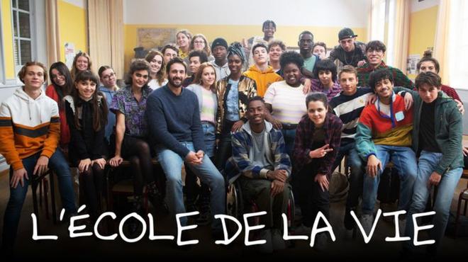 L'École de la vie : une série touchante avec Guillaume Labbé, en avant-première sur Salto