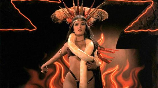 Une nuit en enfer a 25 ans : les secrets de la danse de Salma Hayek