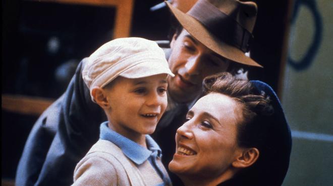 La Vie est belle sur France 5 : qu'est devenu Giorgio Cantarini, le petit garçon du film ?