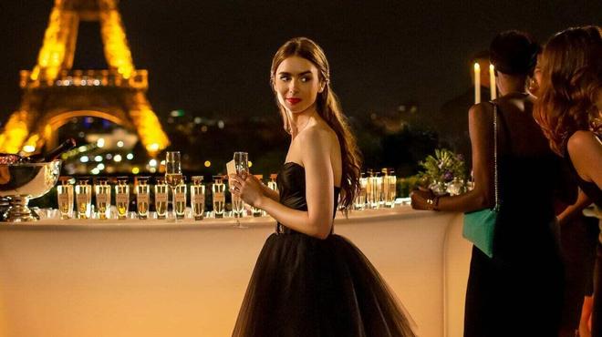 Emily in Paris saison 2 : Netflix annonce le début du tournage en vidéo