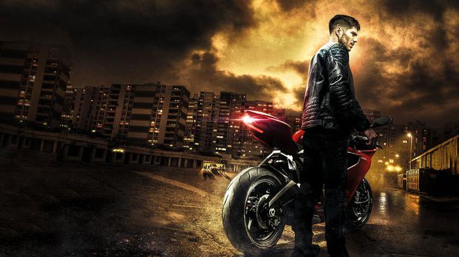 Burn Out sur Netflix : découvrez comment le réalisateur a tourné ses scènes en moto