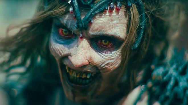 Army of the Dead : à quoi ressemblent Zeus et la reine zombie sans maquillage ?