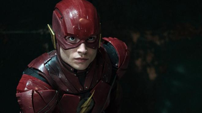 The Flash : premier aperçu du nouveau costume du super-héros