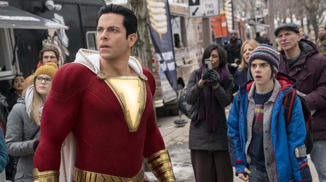 Shazam 2 : la Shazam Family dévoile ses nouveaux costumes