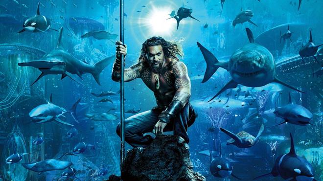 Aquaman 2 : Jason Momoa montre ses tatouages sur le tournage