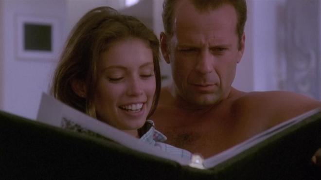Color of Night : quand le pénis de Bruce Willis et les scènes de sexe choquaient