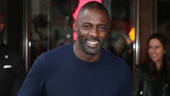 GoldenEye : quand un jeune Idris Elba donnait son avis sur Pierce Brosnan