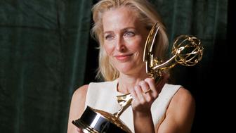 Emmy Awards 2021 : l'énorme boulette d'une journaliste après la victoire de Gillian Anderson
