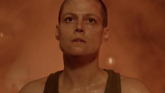 L'image du jour : Ripley face au Xénomorphe