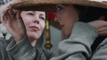 The Lost Daughter sur Netflix : Olivia Colman face à Dakota Johnson dans la bande-annonce
