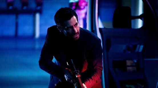 Ambulance : Jake Gyllenhaal en fuite dans le trailer explosif du film de Michael Bay