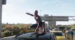 Spider-Man - No Way Home : Tom Holland tease une scène incroyable avec un mystérieux personnage