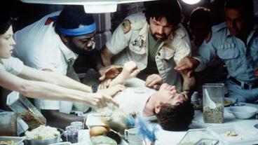 L'image du jour : la naissance du Chestburster dans Alien, le huitième passager